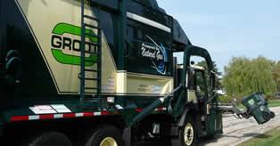 Image of a garbage truck.